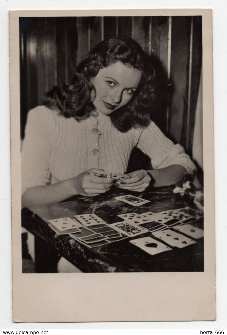 Jeanne Crain  Actress Real Photo Vintage Postcard - Acteurs