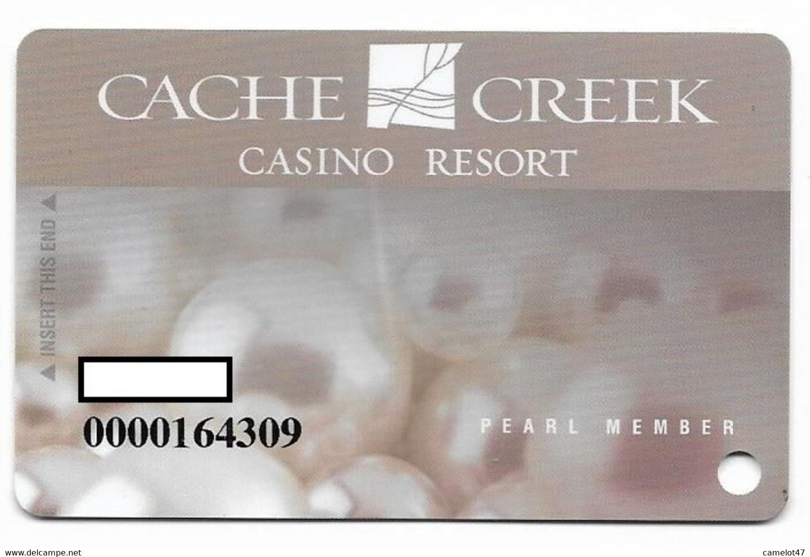 Cache Creek Casino, Brooks, CA, U.S.A., Older Used Slot Or Player's Card, # Cachecreek-3 - Casino Cards