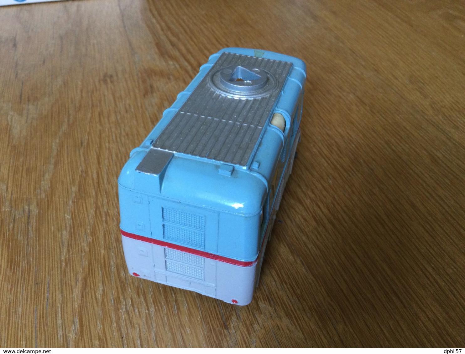 Ancien Véhicule Dinky-toys : ABC TV Transmitter Van (~1961) Avec Cameraman. Manque L'antenne - Toy Memorabilia