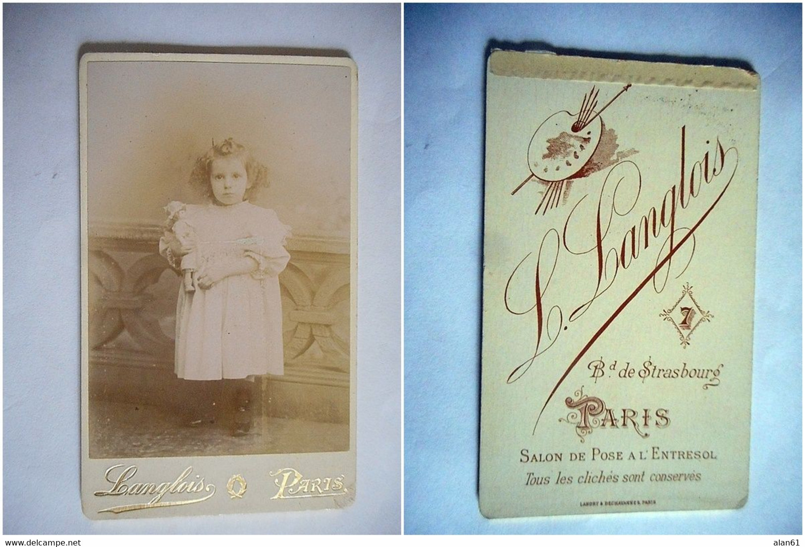 PHOTO CDV  JEUNE FILLE CHIC ET SON JOUET POUPEE ROBE  MODE  Cabinet LANGLOIS  A  PARIS - Old (before 1900)