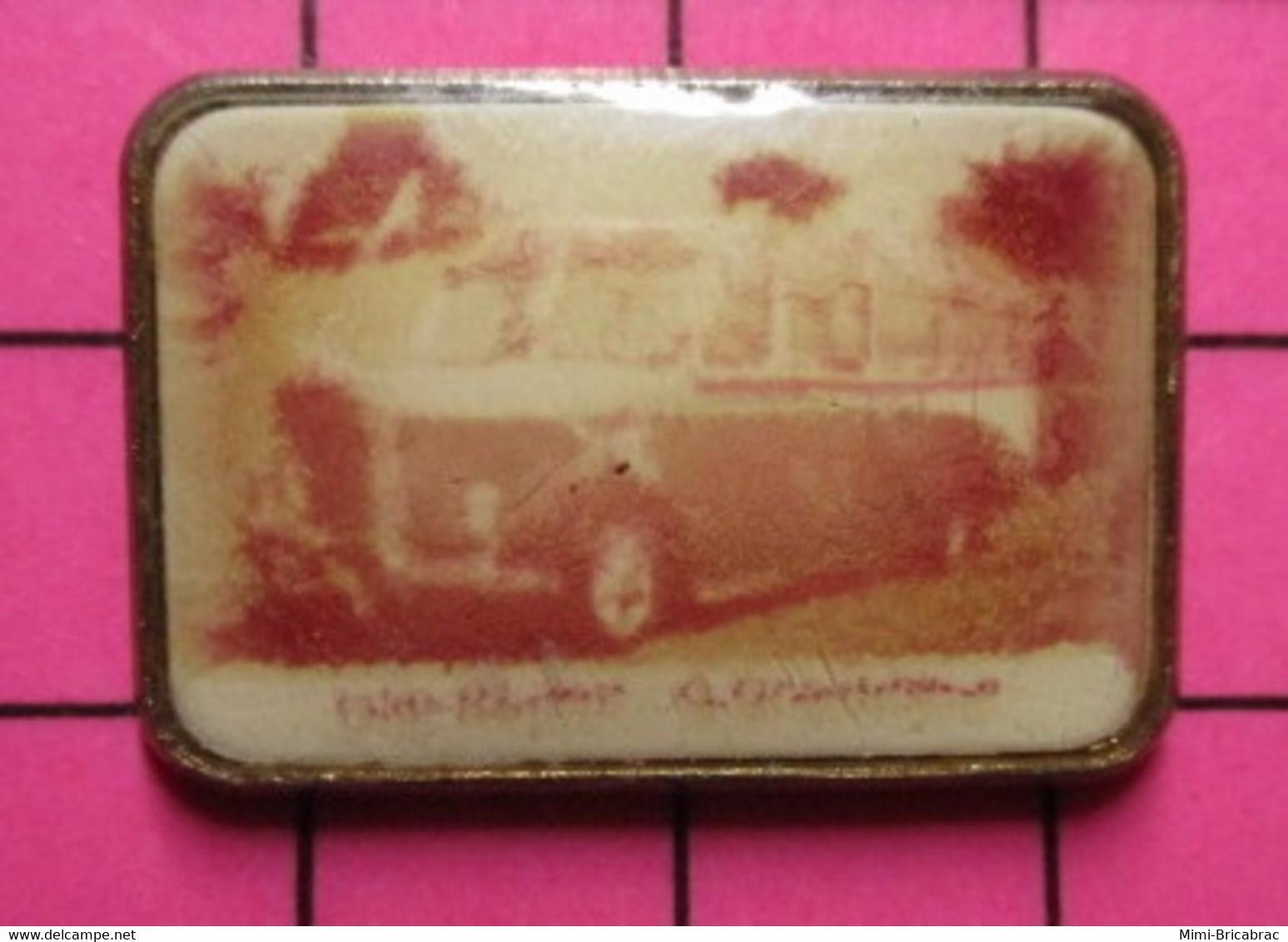 SP03 Pin's Pins / Beau Et Rare / THEME : TRANSPORTS / AUTOBUS ANNEES 40 NON IDENTIFIABLE - Marche