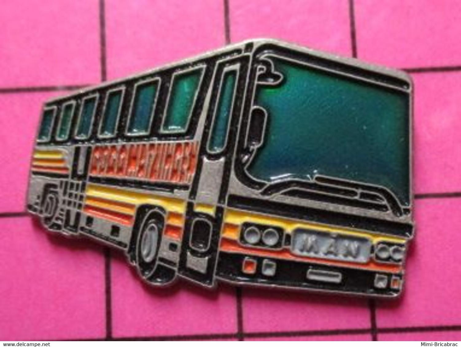 SP06 Pin's Pins / Beau Et Rare / THEME : TRANSPORTS / AUTOBUS ROUTIER MULTICOLORE ALLEMAND MAN MATZINGEN - Trasporti