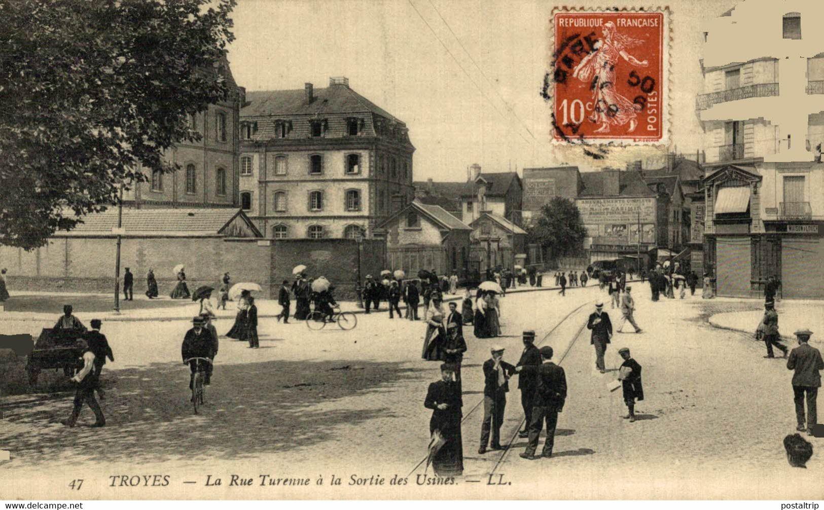 Troyes  La Rue Turenne à La Sortie Des Usines  10Aube France Frankrijk Francia - Troyes