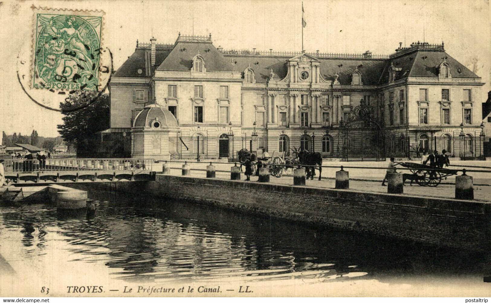 Troyes Le Prefecture Et Le Canal 10Aube France Frankrijk Francia - Troyes
