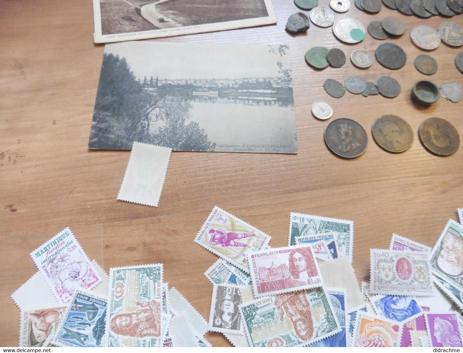 Beau Lot Varié ! Cpa Cpsm Monnaies Et Timbres Pour Affranchissement  Paypal Possible . Nécessité Bronze Suisse Cuivre - I. 2 Francs