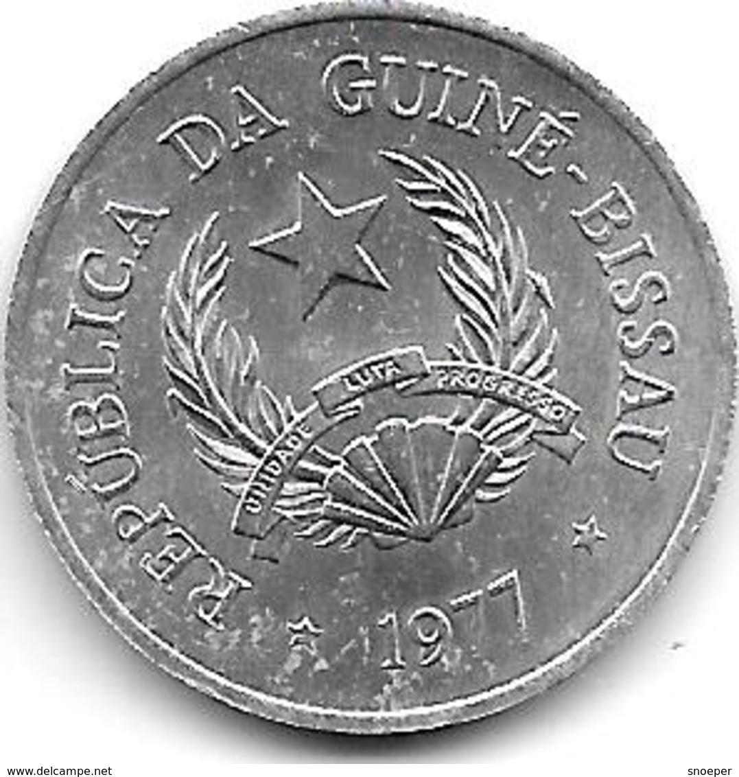 *guinea Bissau 50  Centavos 1977  Km 17  Unc !!! - Guinea-Bissau