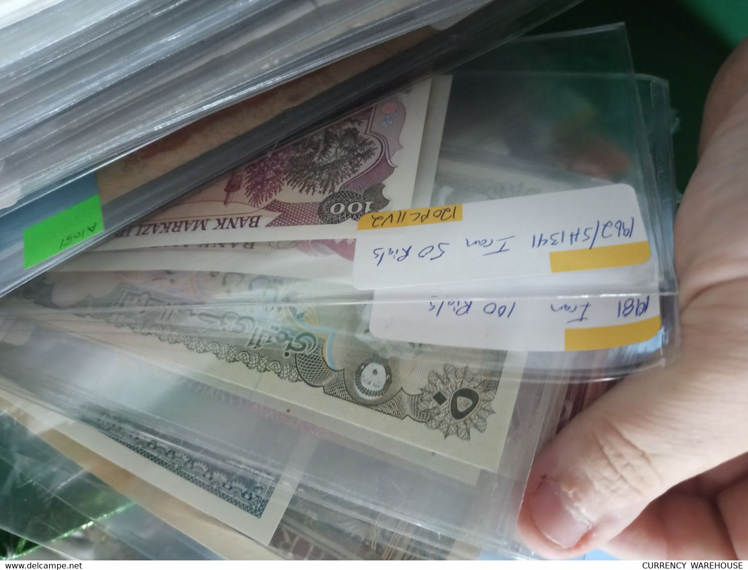 Huge Lot 550 Plus World Banknotes Pre Priced Old Sale Collection Currency Canada China Russia Euro - Lots & Kiloware - Banknotes