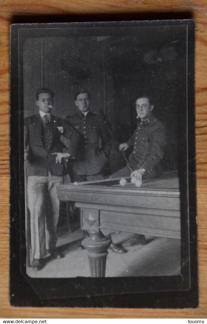 Photo De Trois élèves Pilotes à Istres - Saget 1929 - Dim. 7,5 X 5 Cm  - (n°21080) - Guerra, Militares