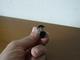 Minuscolo Taglia-sigari Degli Anni Venti A Forma Di Bottiglia Di VEVUE CLIQUOT - Taglia-sigari