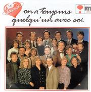 On A Toujours Quelqu'un Avec Soi - Télévie 1990 - Vinyles