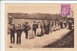 Auray (environs), Trois Noces Réunies, Le Cortège à La Sortie De L´église -procession - Noces