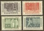 NEDERLAND 1952 Jubileum Zegels L.plakker 593-596 #107 - Period 1949-1980 (Juliana)