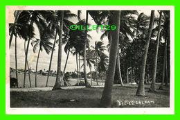DAR-ES-SALAAM, TANZANIE - VUE DU LAC & L'ÉGLISE - CIRCULÉE EN 1938 - - Tanzanie