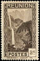 Pays : 401 (Réunion : Colonie Française)  Yvert Et Tellier N° : 126 (**) - Réunion (1852-1975)