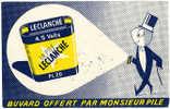 BUVARD OFFERT PAR MONSIEUR PIL  LECLANCHE/ Leclanché - Buvards, Protège-cahiers Illustrés
