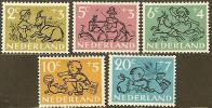NEDERLAND 1952 OMP Zegel(s) Kind 601-605 #86 - Period 1949-1980 (Juliana)