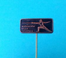 CROATIAN FENCING FEDERATION - Vintage Pin Badge Escrime Esgrima Fechten Scherma Fence Anstecknadel Distintivo - Fencing