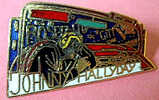 RARE SUPERBE PINS JOHNNY HALLYDAY USA - Personnes Célèbres