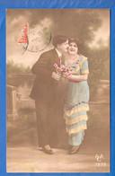 Fantaisie; Paar; Couple; Liebespaar Mit Frau In Hellblau - Paare