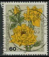 !b! BERLIN 1982 Mi. 681 USED SINGLE (c) - Roses - Berlin (West)