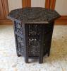 Tavolino Arabo Ottagonale Completamente Intagliato In Legno Duro (ebano?) - Arte Africana