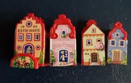 Ü-Ei - Unsere Kleine Stadt 1998 - 4 Häuser Incl. BPZ - Ü-Ei