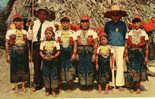 DOS CACIQUES DE SAN BLAS Y SU FAMILIARES / - Panama