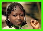 AFRIQUE EN COULEURS - JEUNE AFRICAINE EN CLOSE UP - IRIS - CIRCULÉ EN 1986 - - Cartes Postales