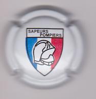 Capsule Champagne COMMEMO ( Nr ; Ecusson SAPEURS-POMPIERS ) {S09-20} - Non Classés