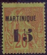 MARTINIQUE N°5* AVEC CHARNIERE NEUF BE
