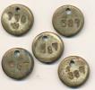 5 Jetons De Magasinage  Vintage  Bronze  état D'usage  (identification Outil Enprumpté,usine,magasin...) - Bronzes