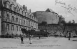 Le Chateau : Ancienne Résidence Des Princes De Sedan - Sedan