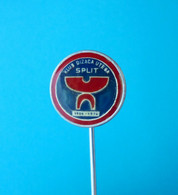 HALTEROPHILIE CLUB Split Pin * Badge Weightlifting Gewichtheben Levantamiento De Pesas Sollevamento Pesi Halterofilismo - Haltérophilie