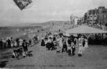 La Plage à L´heure Des Bains - Villers Sur Mer