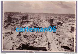 76 - Le Havre - Photo Format 17 X 12.4 Cm - Rue De Metz Et Rue Théodore Maillard - Vue Aérienne Après Les Bombardements - Places