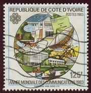 Timbre-poste Oblitéré - Année Mondiale Des Communications - N° 666B (Yvert) - République De Côte D'Ivoire 1983 - Costa De Marfil (1960-...)