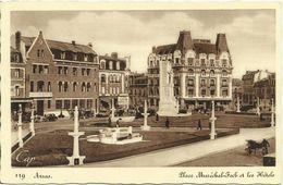 AK / CPA Arras 62 Place Maréchal-Foch & Hotels ~1940 #07 - Arras