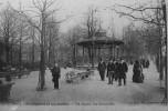 Paris : Ses Squares Et Ses Jardins, Square Des Batignolles - Places, Squares