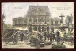 Cpa Du 50  Cherbourg Place Du Château Et Le Théâtre Un Jour De Marché   LOR6 - Cherbourg