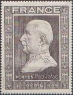France Maréchal Pétain - N°  606 * Portrait - Emission Pour Son 88 Eme Anniversaire - 1941-42 Pétain