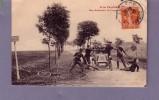 Douane - A La Frontière - Une Arrestation De Contrebandiers (voiture, Automobile, Tacot) - Customs