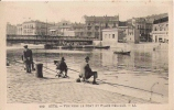 SETE 109 VUE VERS LE PONT ET PLACE DELILLE (PECHEURS BEAU PLAN) 1928 - Sete (Cette)