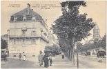 63. LA BOURBOULE. Hôtel De Russie. Le Boulevard Et L'Eglise - VDC 4619 - La Bourboule