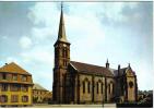Carte Postale 67. Niederbronn Les Bains Et Son église  Trés Beau Plan - Niederbronn Les Bains