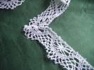 Dentelle Longueur 2.50 M Hauteur 30 Mm-  Environ Retire D´une Envelppe De Taie Pour Decorer Robe De Poupee - Laces & Cloth