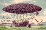 CPA EN RELIEF GAUFREE  MONTGOLFIER  ** EMBOSSED CARD HOT AIR BALLON ZEPPELIN - Montgolfières