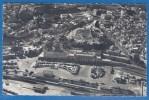 CPSM - MAROC - TANGER - VUE AERIENNE DE LA GARE ET DE LA VILLE - TRAINS - LA CIGOGNE / 99.325.77. - Tanger