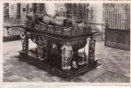 Geel  Paalgraf Van Jan III De Merode En Zijn Vrouw Anna - Geel