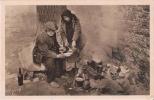 PARIS EN FLANANT 184 PIQUE NIQUE SUR LES BORDS DE LA SEINE (CLOCHARDS) 1925 - Petits Métiers à Paris