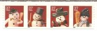 USA. Scott # 3680-83a, MNH. Linerless Coil Strip Of 4. Christmas 2002 - Ruedecillas